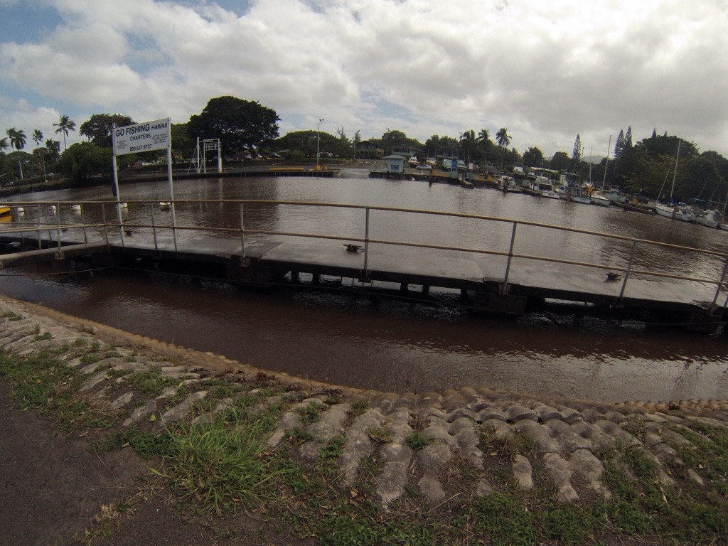 Example of Harbor Surge in Haleiwa, February 2016